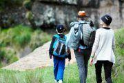 familia trekking 180x120 - Trekking Torreón Cuesta del Obispo